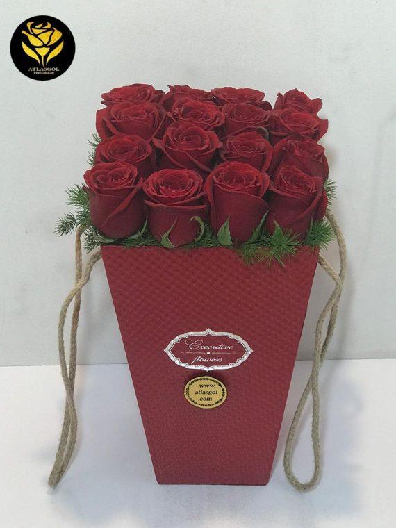 خرید باکس گل قرمز