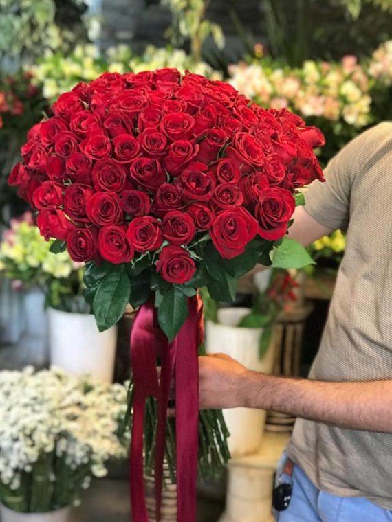 دسته گل رز هلندی گرد کد 546