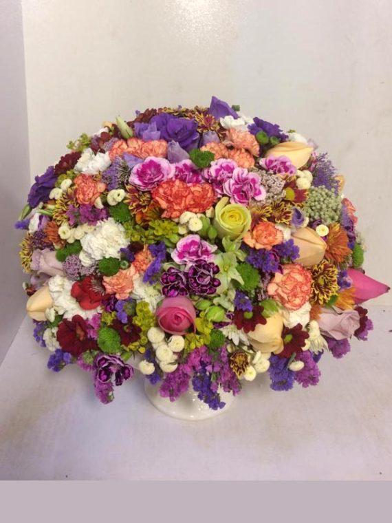 سبد گل گرد فانتزی کد 710